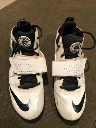 Photo Nike Huarache Lacrosse  Football Cleats - Size 11 - $25 (Bethlehem)