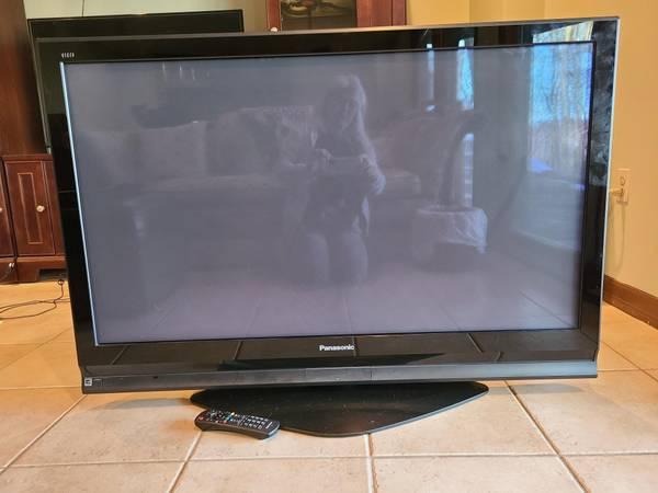Photo Panasonic 50-inch Flat Screen - $150 (Easton)