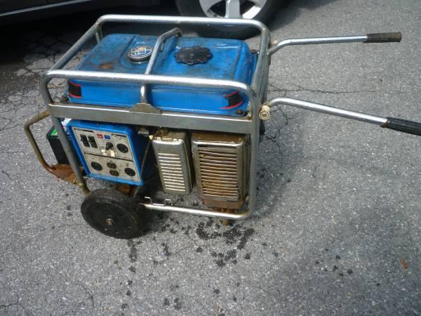 Photo Portable Generator 5500 Watt Electric Start - $425 (Lehighton)