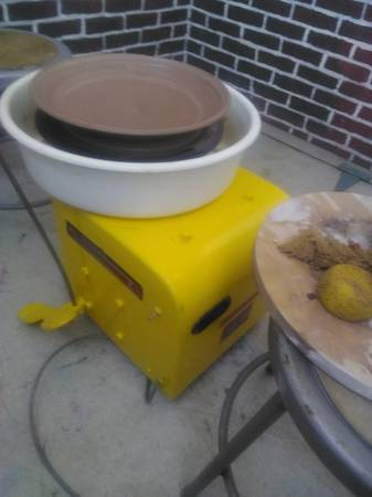 Photo Pottery wheel Shimpo professional - $650 (Allentown, PA)