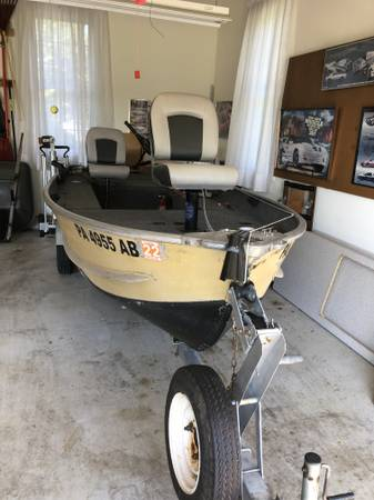 Photo Sea Nymph Fishing Boat - $2,199 (Upper Macungie Township)
