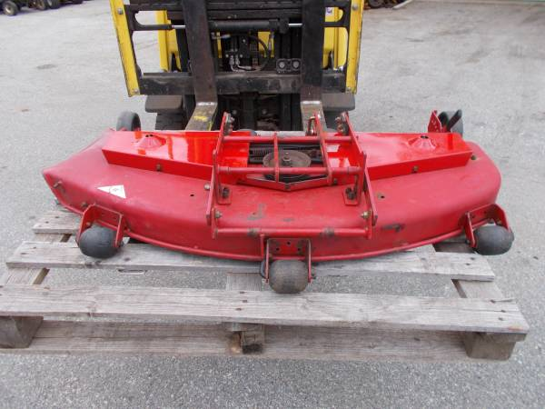 Photo Toro Wheel Horse 4239 4839 Mower Decks - $350 (malvern)