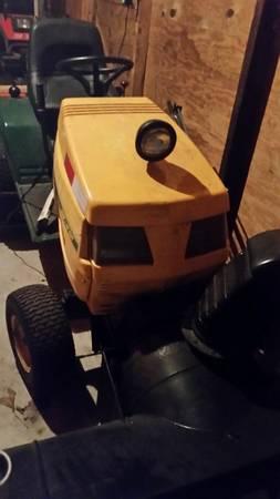 Photo Tractor Yard-Man Snow Blower - $1,800 (Allentown)