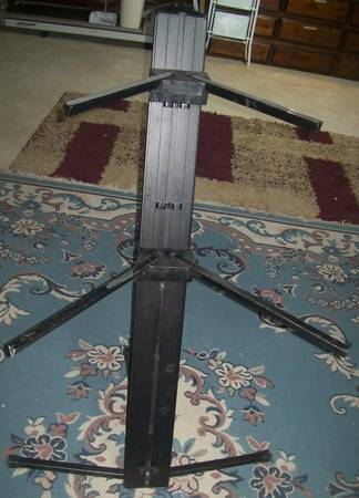 Photo Ultimate Support Double Keyboard Stand-EC - $85 (Lehighton)