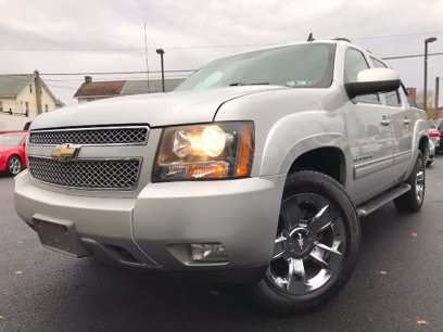 Photo Used 2011 Chevrolet Avalanche LT w Z71 for sale