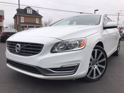 Photo Used 2014 Volvo S60 T5 Platinum AWD for sale