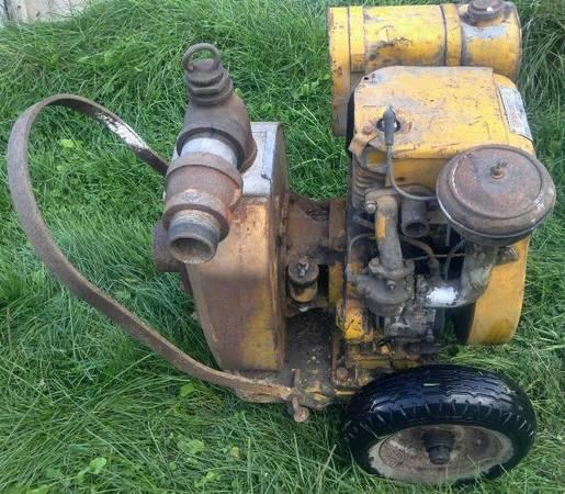 Photo Vintage Rex Water Pump With Wisconsin Air Cooled Engine - $500 (Schnecksville, PA)