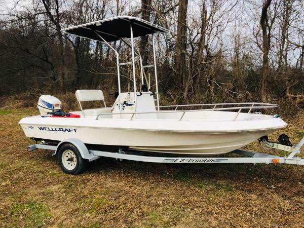 Photo WELLCRAFT -CENTER CONSOLE-T-TOP 50HP EVINRUDE MOTOR,WITH TRAILER - $3900 (Peach Bottom)