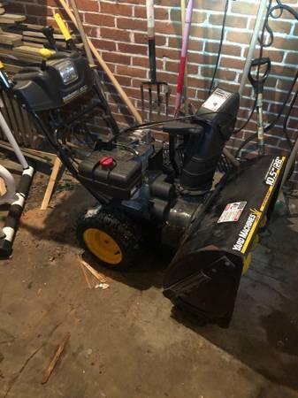 Photo Yard Machines Snow Thrower Snowblower 10.5hp 28quot - $400 (Allentown)