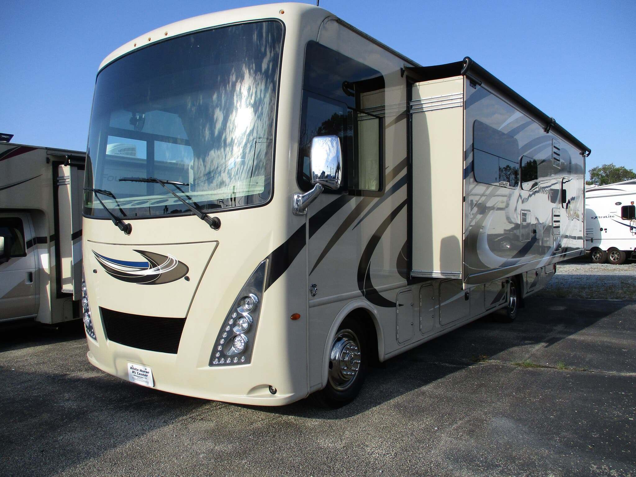 Photo 2018 Thor Motor Coach Windsport 29M Full Wall Slide $ 79995  Make an Offer