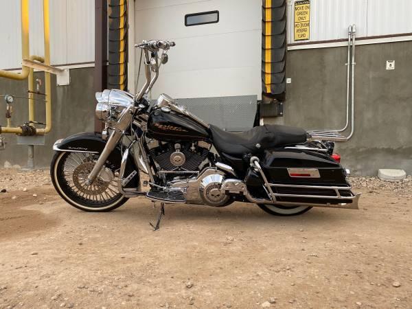 Photo 2000 Harley Davidson Road King - $7,000 (Hereford)