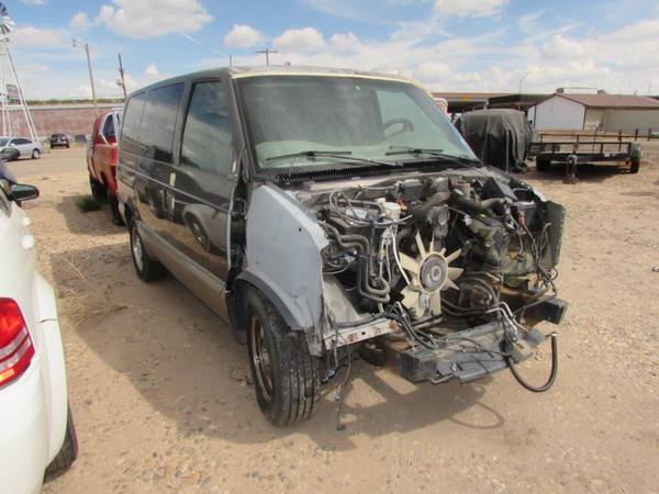 Photo 4L60E transmission  VORTEC 4.3 engine - $3,500 (Amarillo)