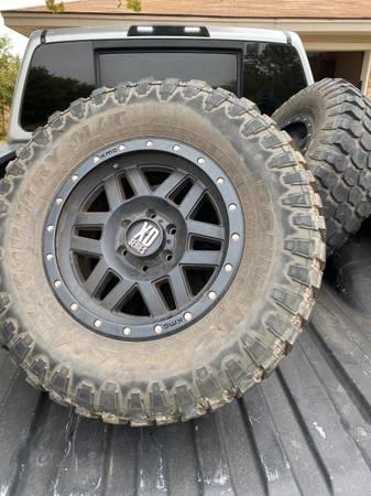 Photo 6 lug Chevy rims on 35s - $450 (AMARILLO)