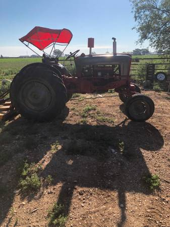 Photo 951 Diesel Ford Tractor - $4,500 (Hereford)