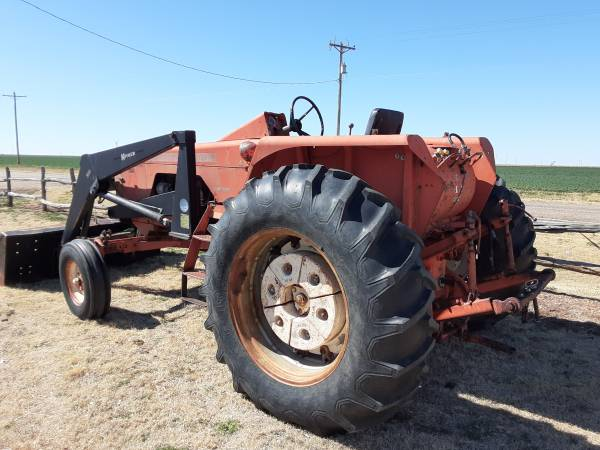 Photo Allis Chalmers 190XT with Loader - $5500 (White Deer)