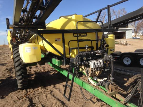Photo BESTWAY FIELD PRO 1600 GALLON SPRAYER 90 FT BOOM - $7,800 (atwood)