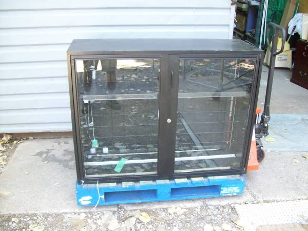 Photo Black Glass Display Case with Locking Doors (Wichita Falls)