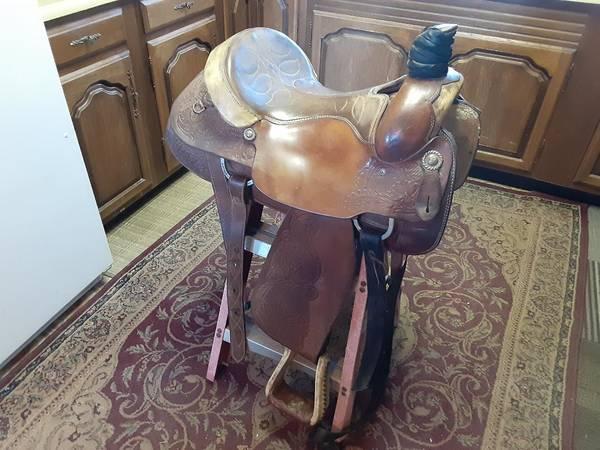 Photo Circle Y Saddle - $650 (Amarillo)