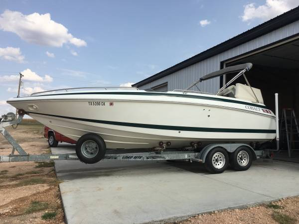 Photo Cobalt Deck Boat 23ft - $19,800 (Canyon Tx)