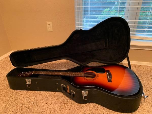 Photo Fender CD-60 SCE Dreadnought Acoustic Electric Guitar w Hard-case - $200 (Lawton)
