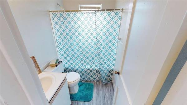 Photo On-Site Laundry Facilities, Stove, Customer Service Oriented