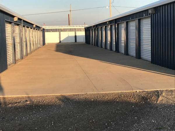 Photo Superior Self Storage 12 off first 3 months (Between Amarillo and Canyon( SoncyVFW Rd.))
