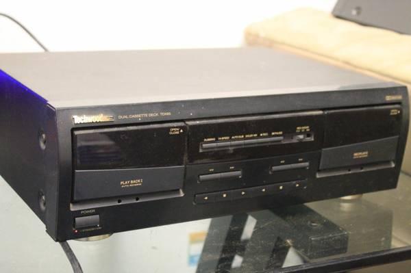 Photo Techwood Dual Cassette Tape Deck TDX85 (Amarillo)