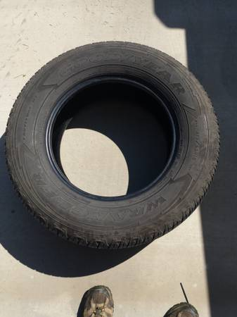 Photo Tires - Goodyear Wrangler 27565R18 - $150 (Amarillo)