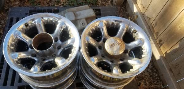 Photo Ultra Wheels for Super Dutt - $50 (SW Amarillo)