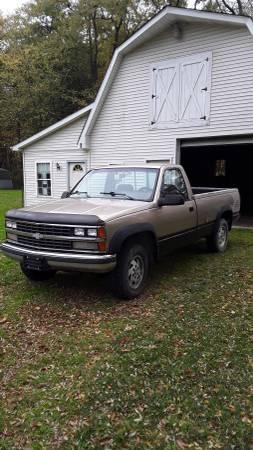 Photo 1989 Chevy K2500 34 Ton 4X4 - $950 (Ashtabula)