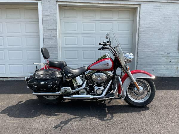 Photo 2002 Harley Davidson Heritage Softail FLSTCI - $6,495 (Fairport Harbor)