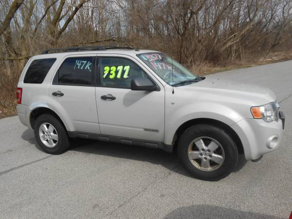 Photo 2008 FORD ESCAPE - $3377 (Perry-Oh)