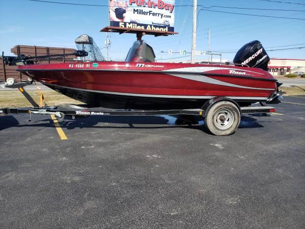 Photo 2010 triton 18 foot deep v walleye boat - $28,000 (Medina)