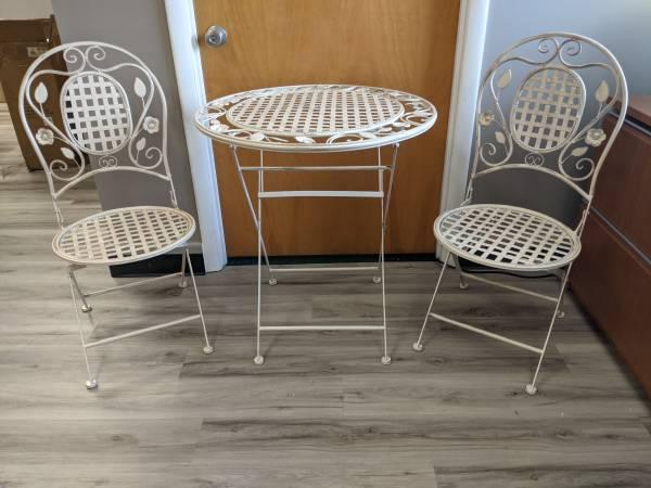 Photo 3PC outdoor foldable tablechair set - wrought iron - NEW open box - $125 (Ashtabula)