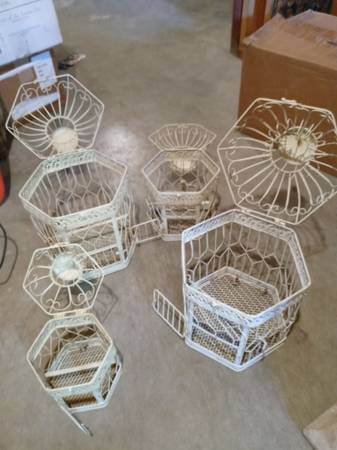 Photo 4 bird cages could be used for real birds or decorative - $100 (Ashtabula)