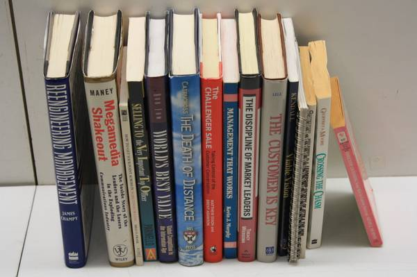 Photo Business Sales Customer Service Negotiating and Management Books - $10 (Westlake)