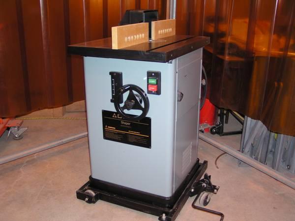 Photo DELTA 43-375 2 SPEED HEAVY DUTY WOOD SHAPER 3 HP 230 VOLT SINGLE PHASE - $1900 (Andover)