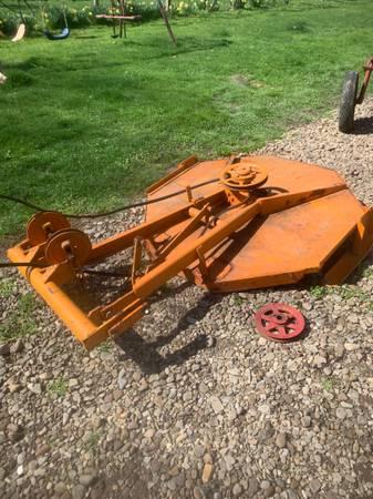Photo Farmall Cub - Woods 42 Belly Mower With Belt, Pulley, Mounting Bracke - $450 (Ashtabula)