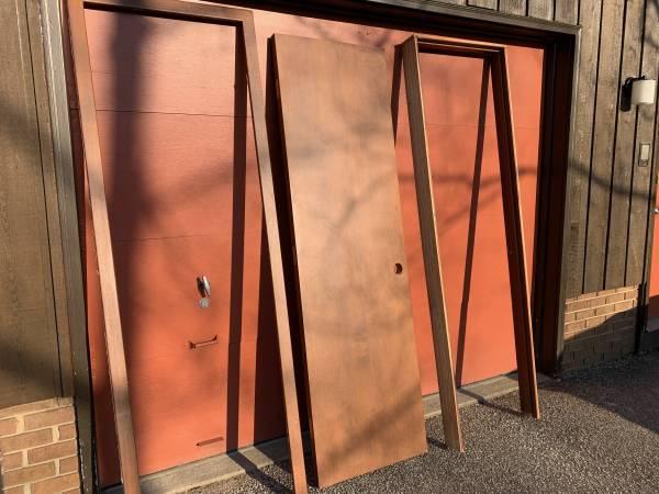 Photo Interior door with frame