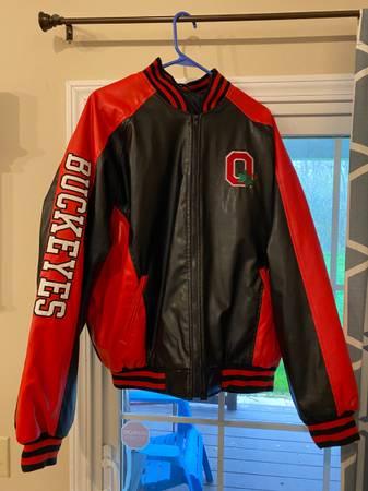 Photo Ohio State Buckeyes jacket - $15