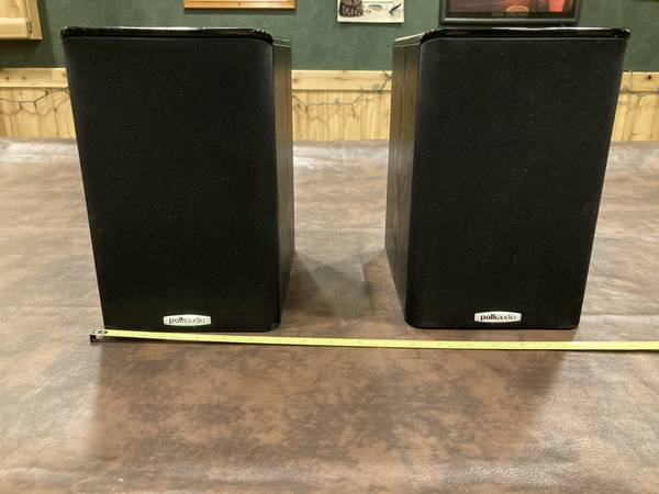 Photo Polk Audio TSi100 Bookshelf Speakers - $30 (Ravenna)
