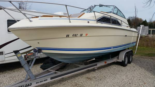 Photo SeaRay 2539 Cruiser 1983 - $800 (Beebetown, Ohio)