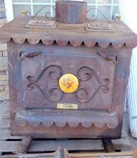 Magnifique poêle à bois antique brûlant si bien - 500 Loganville