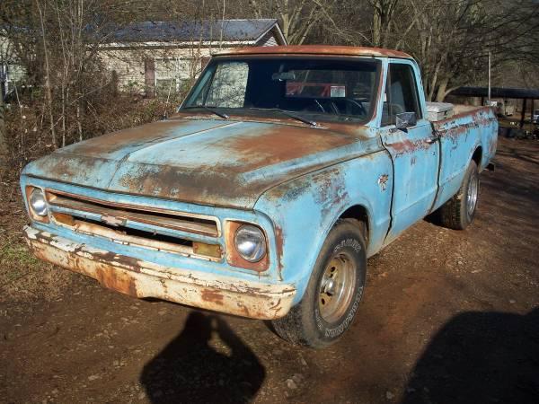 Photo 1967 chevrolet c10 long bed truck - $5,500 (royston)