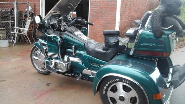 Photo 1996 Honda Gold Wing Trike - $6,000 (Winder, GA)