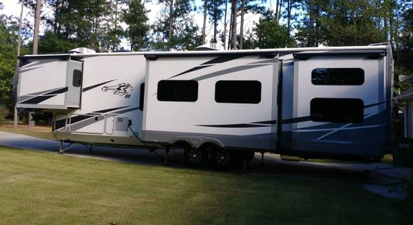 Photo 2019 Open Range 427BHS 3X fifth wheel - $59,999 (Adairsville)