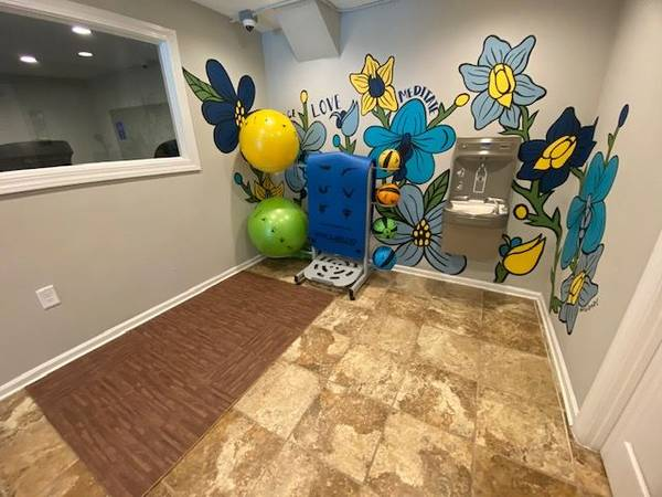 Photo BRING IN THE NEW YEAR IN A NEW APARTMENT NO DEPOSIT NO PET FEES (West Athens)