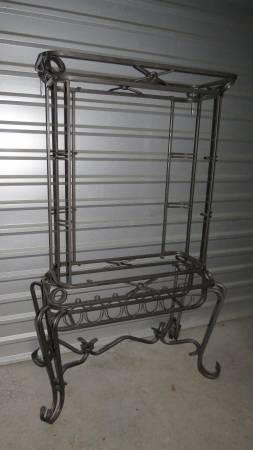 Photo Baker39s Rack, Steel with Glass Shelves - $95 (Watkinsville)
