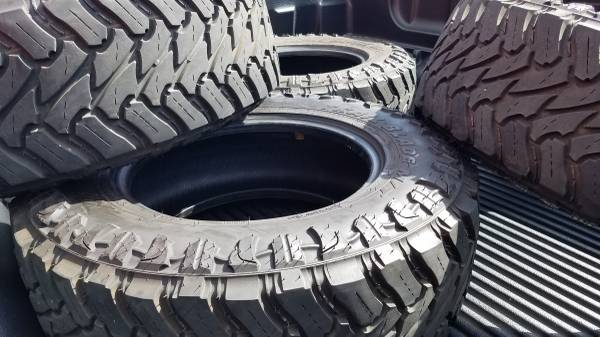 Photo Chevy truck rally wheels and jeep wheels - $400 (Athens)