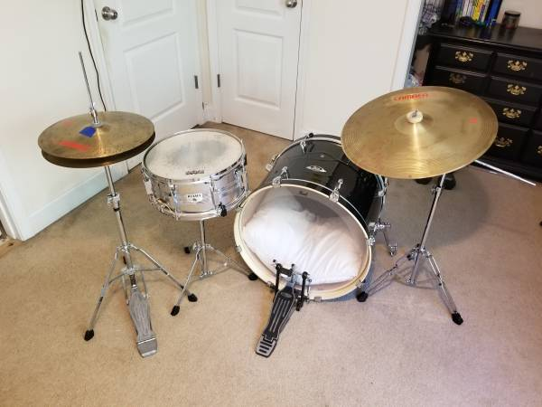 Photo Drum Kit wPearl Kick, Tama Snare, Camber Cymbals - $250 (Athens)